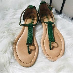 Anthro Farylrobin Green Weaved Leather Flip Flops